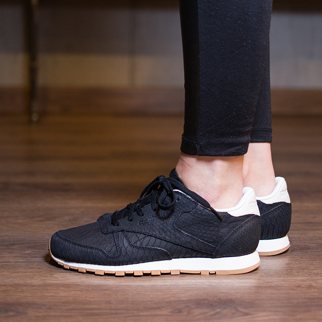 how to clean reebok classic leather